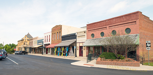 Downtown Pilot Point Texas Destination